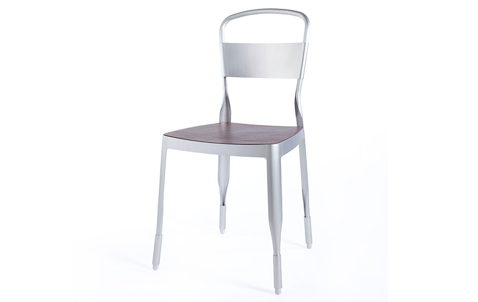 Slider Innermost 4a Chair in silver with leather seat
