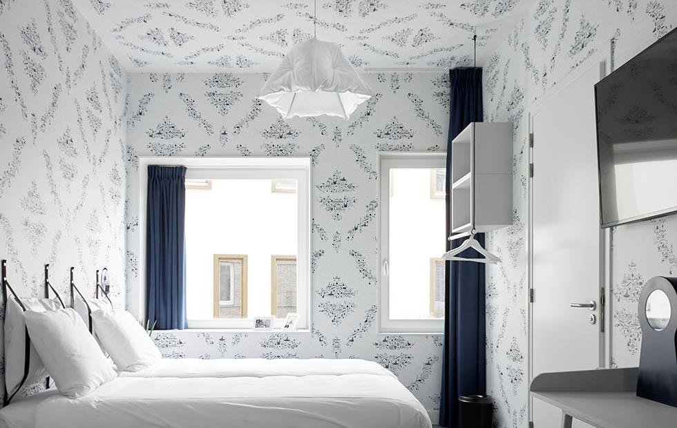 Slider Innermost Dent in White at Kaboom Hotel